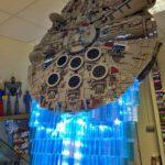 Lego Millennium Falcon mit Schubstrahl
